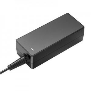 Huntkey HKA03619021-6D Mini Universal Adapter (40W)