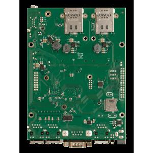 MikroTik RouterBOARD M33G with 3 Gigabit LAN, 2 MiniPCI-e, 2 Sim slot, USB 3.0, PoE in