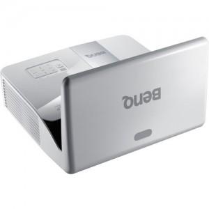BenQ MW843UST 3000-Lumen WXGA Ultra-Short Full HD Throw DLP Projector