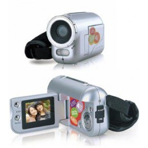 Worlds smallest 3.1MP Digital Video Camera/camcorder