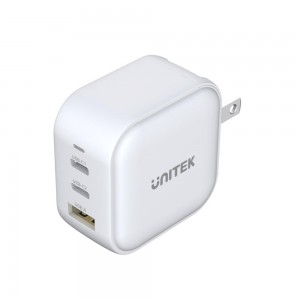 Unitek  3-in-1 Travel Charger with USB PD and QC 3.0 in White