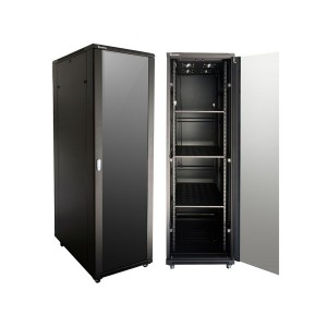 42U 800 Deep Cabinet 4 Fans & 3 Shelves