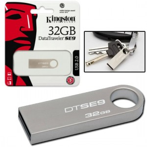 Kingston  DTSE9H/32GB  Digital DataTraveler SE9 32GB USB 2.0 Flash Drive